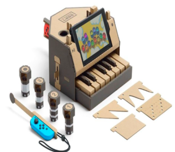 Game of Thrones Composer Wows Onlookers with the Nintendo Labo Piano